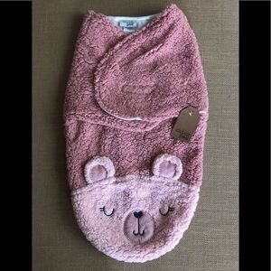 Other - NWT Pink Bear Sherpa Chick Pea Swaddle Blanket.